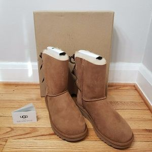 UGG Women's Bailey Bow II 2 Boots Chestnut New